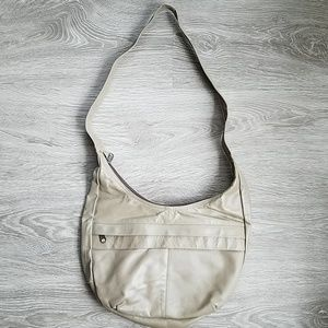 Handbags - Vintage beige tan leather handbag